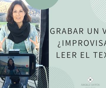 Grabar un vídeo, ¿improvisar o leer en un teleprompter?